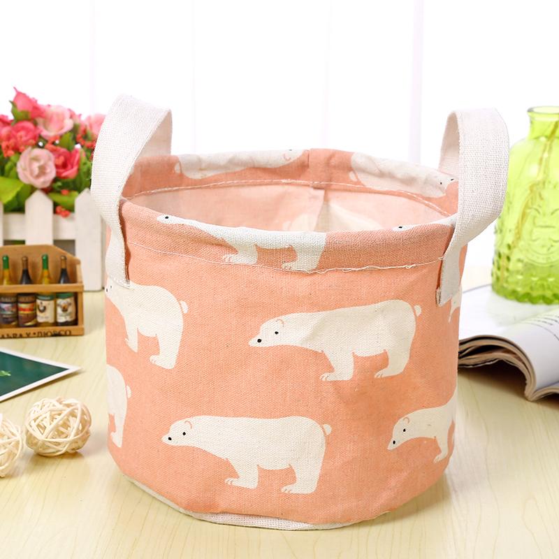 粉色-北极熊